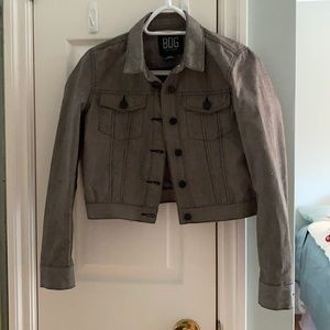 Brand new coat never worn. Cropped button up